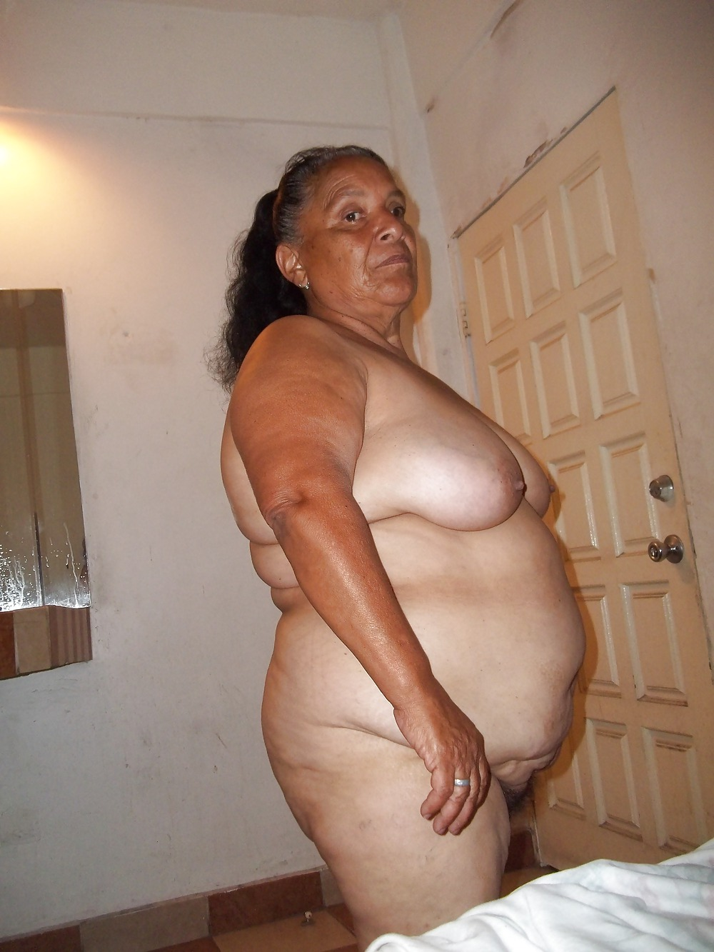 sexy nude latinas ameture