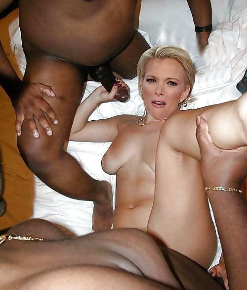 Kelly nackt Megyn  Kelly Carlson