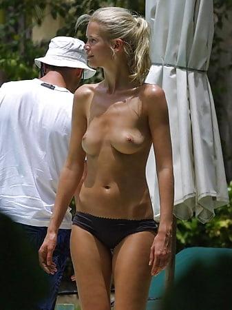 Bikini Nude Promis Masturbiert Pics