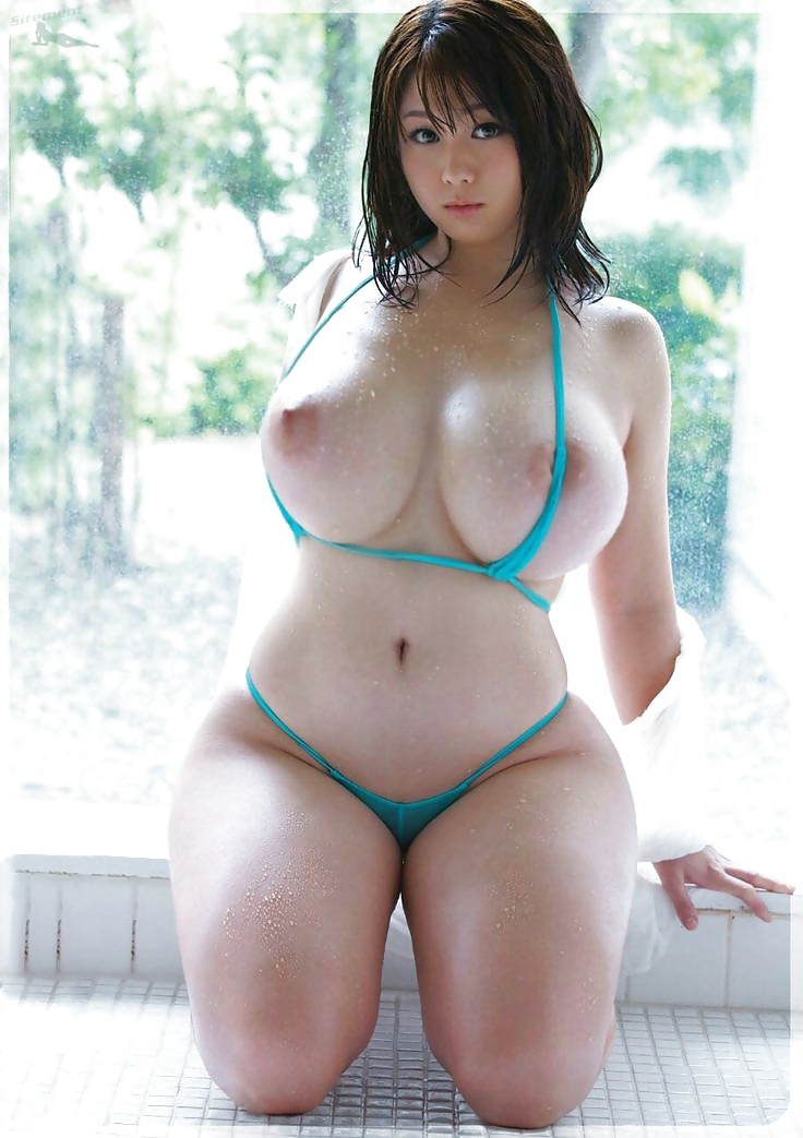 Hot Japanese Girl Chise Shows Her Big Boobs And Ass In Solo Action