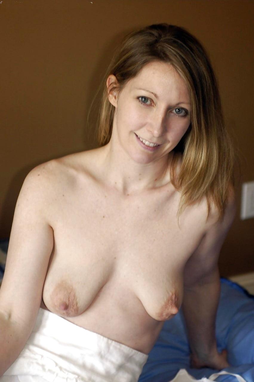 Fiona small nipples nude 12