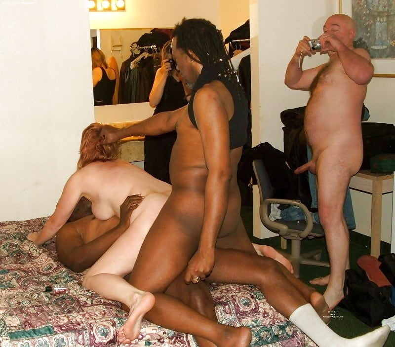 interracial-wives-swingers-light-skinned-ebony-wet-and-naked