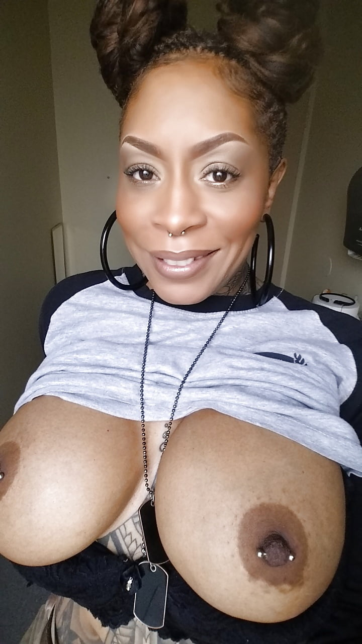 Ebony Lesbian Threesome Orgasm