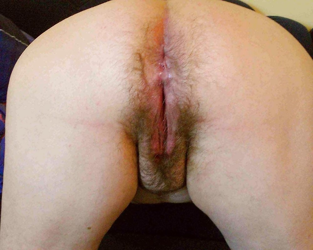 Amateur BBW Spreading Filthy Hairy Pussy And Smelly Plump Butthole Dirty Amateur