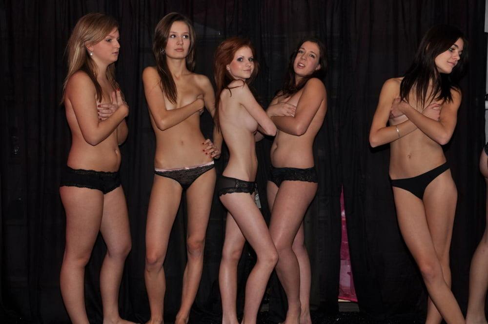 Ficking college girls.