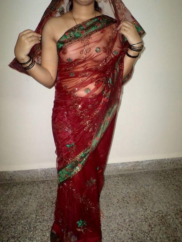 Malayalam Actress Sruthi Lakshmi New Sexy Saree Photo Gallery Photos