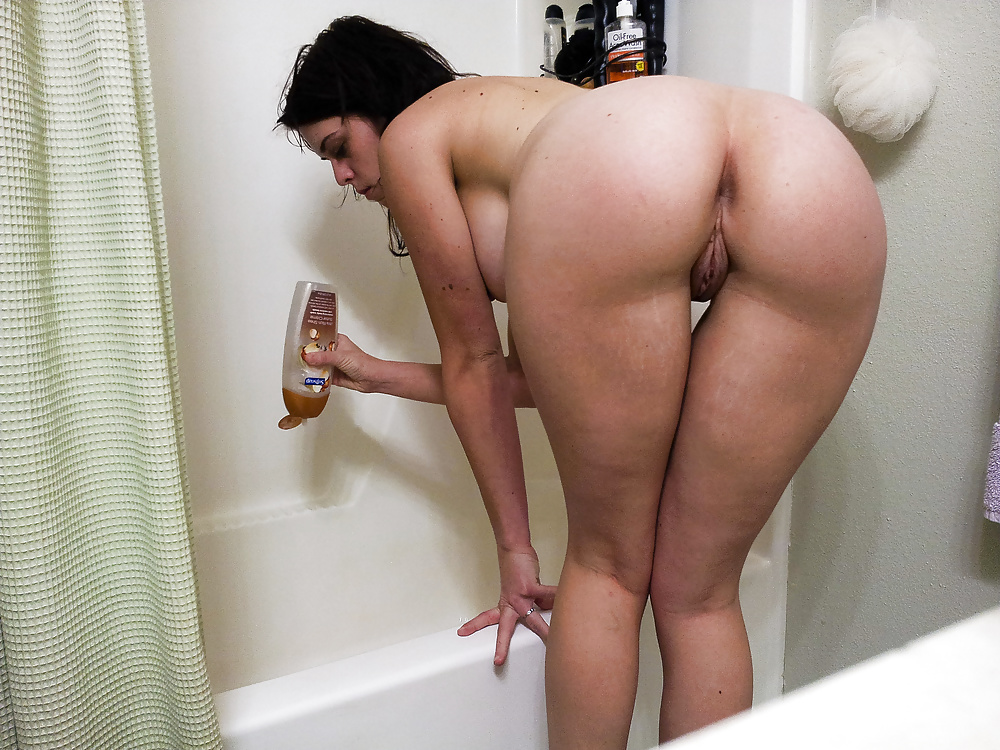 Naked ass home pics — pic 4