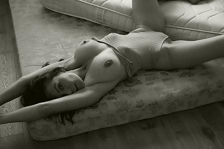 Sara Pavan  nackt