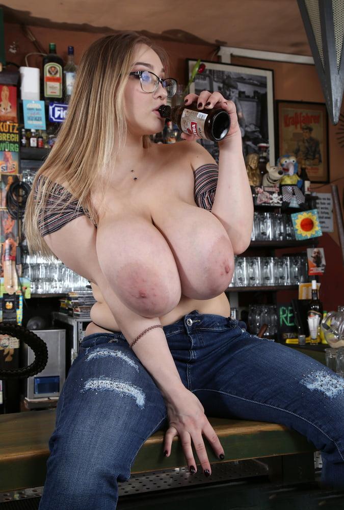 busty-barmaid-ban