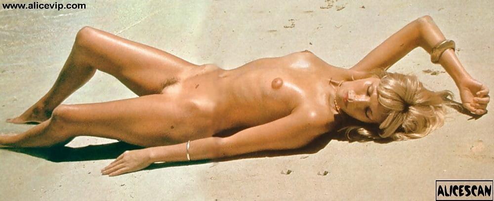 Amanda Lear Nude