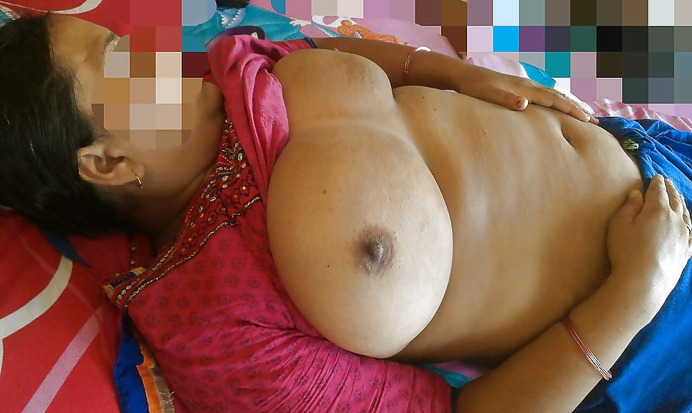 indian-aunty-boob-press-lawless-nude
