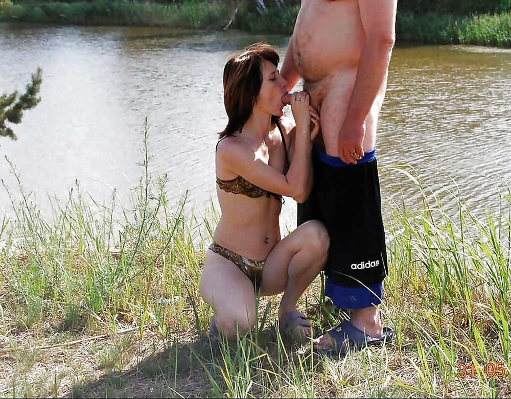 Грудастые дамы сосут на речки все снято на телефон онлайн секс целующихся