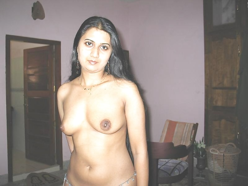 Hot indian bhabhi in blouse