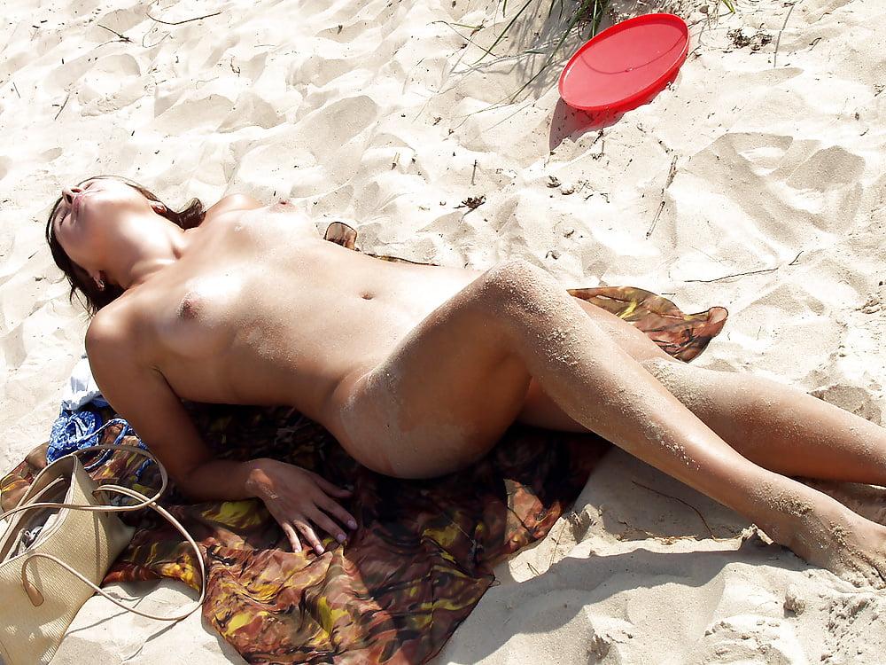 sexy-porn-youtube-nude-beach-shots-girl