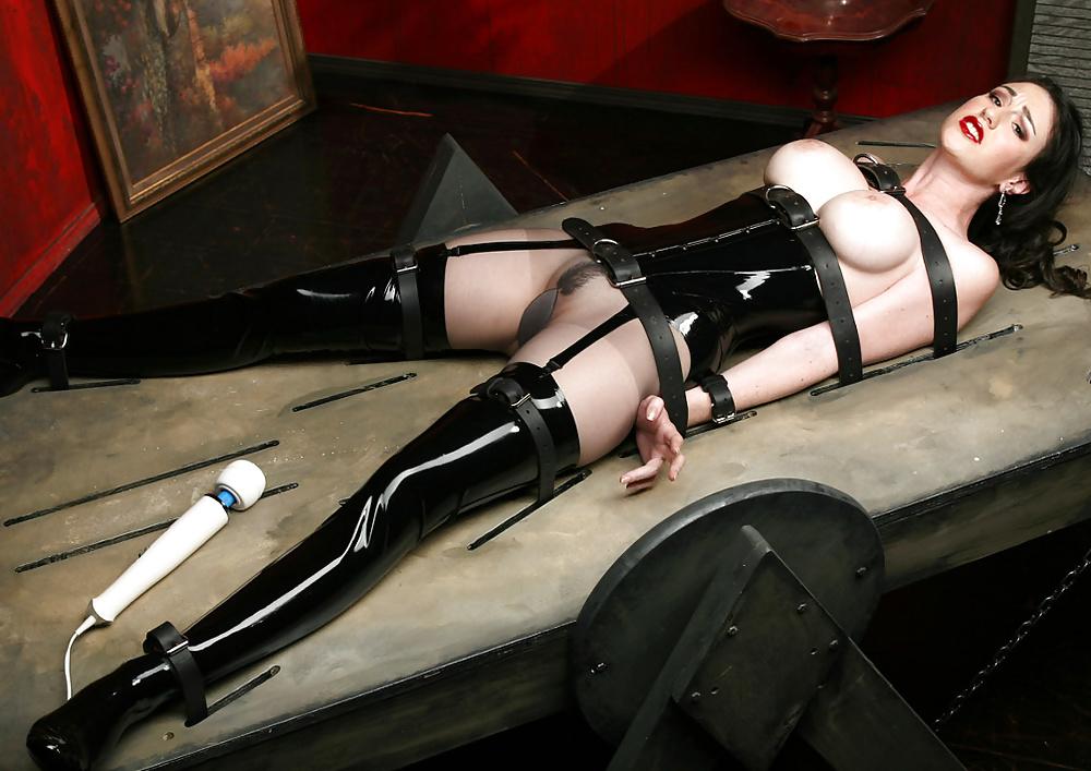 Latex bondage pics