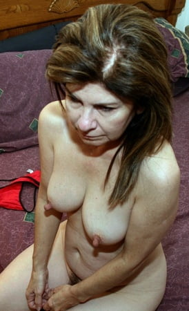 Jessica rex spits out that she is lesbian - 2 4
