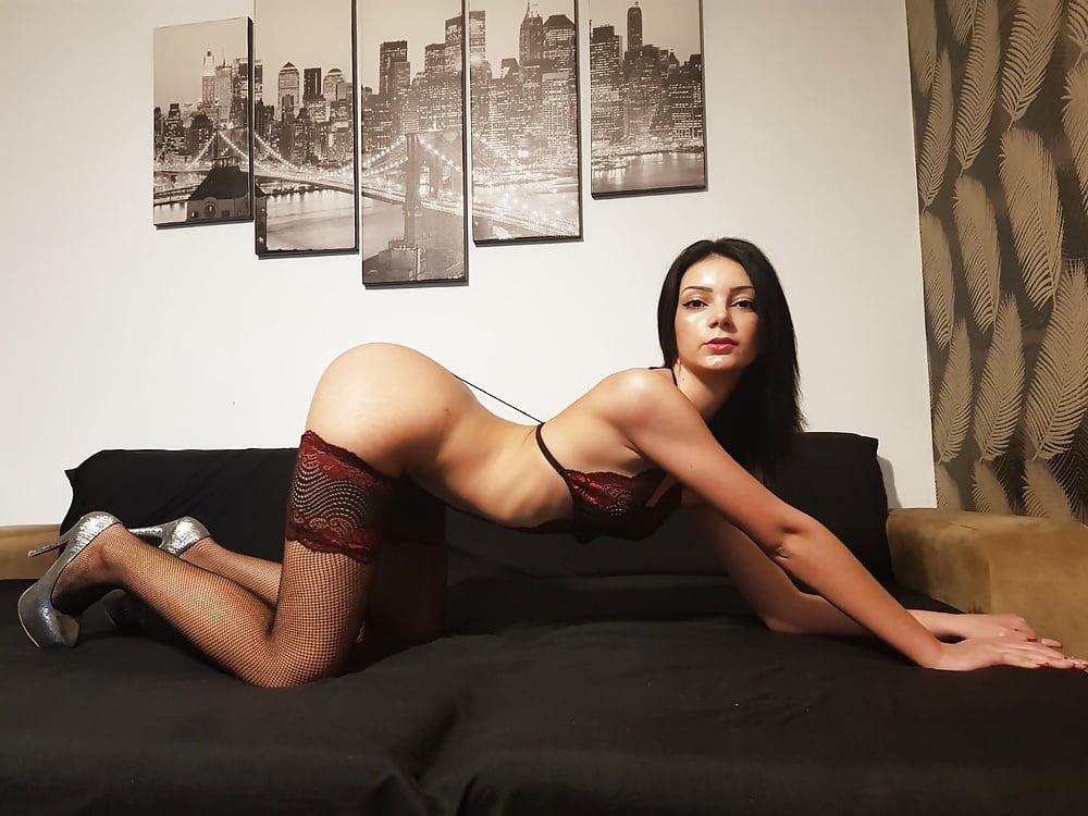 Hot sexy women near me-1235