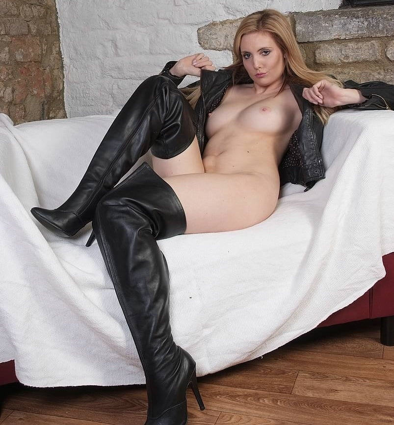 Pussy leather boots, little nudist girl