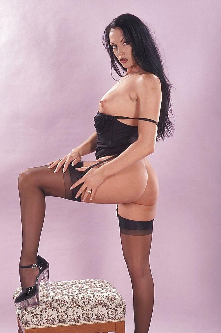 лаура энджел красивая женщина тысячи онлайн
