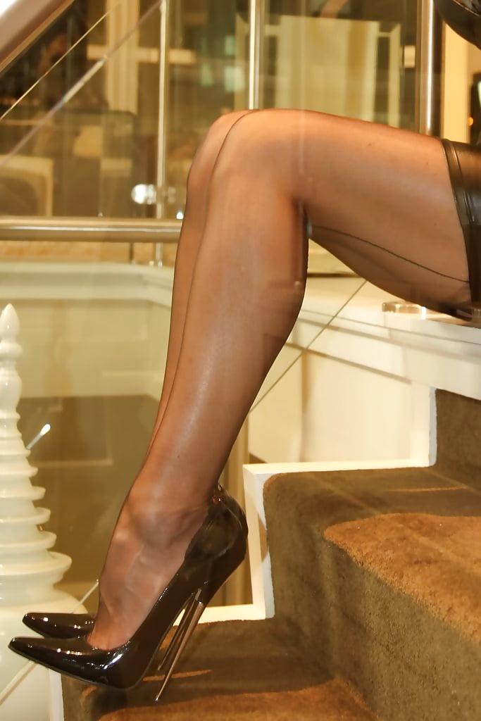 Pantyhose legs feet high heels mix
