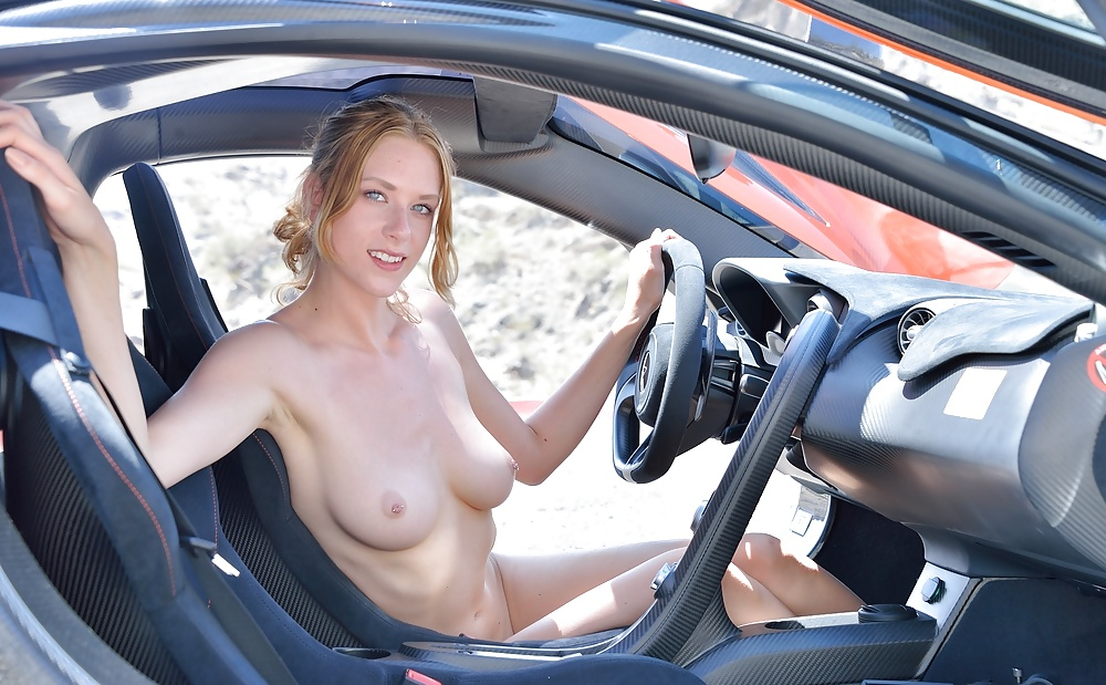 kissing-in-cars-naked-cherry-petite