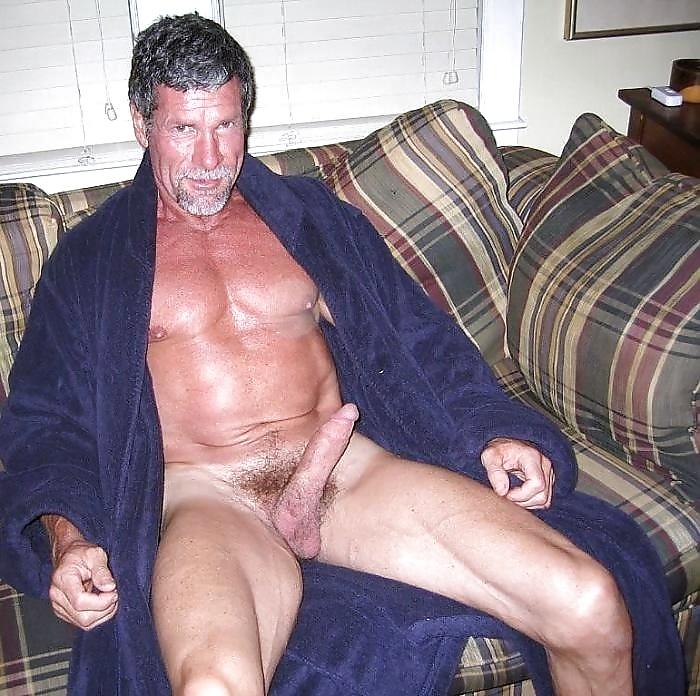 Mature nude men pictures torrent — photo 3