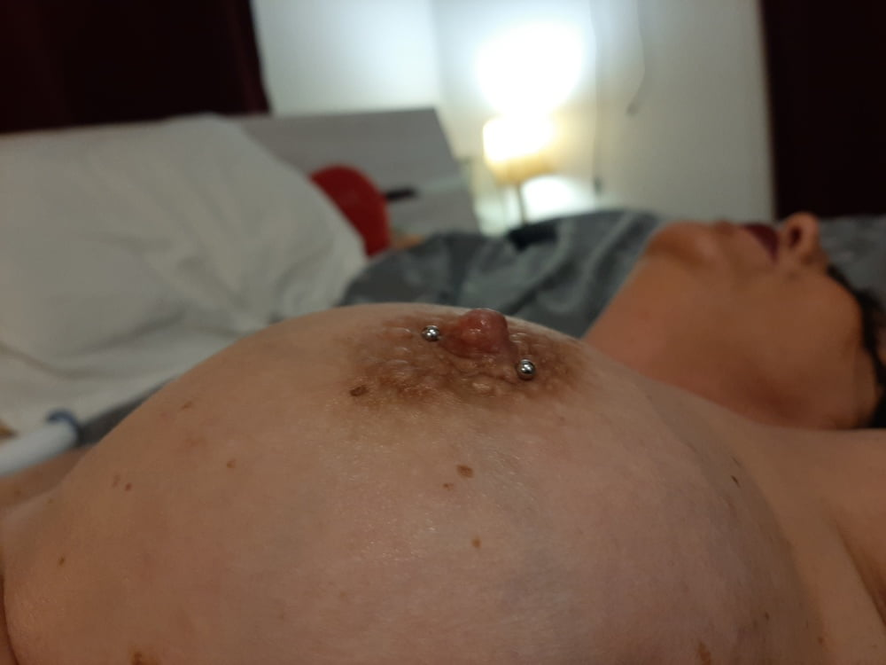 Shower and sex - 52 Pics