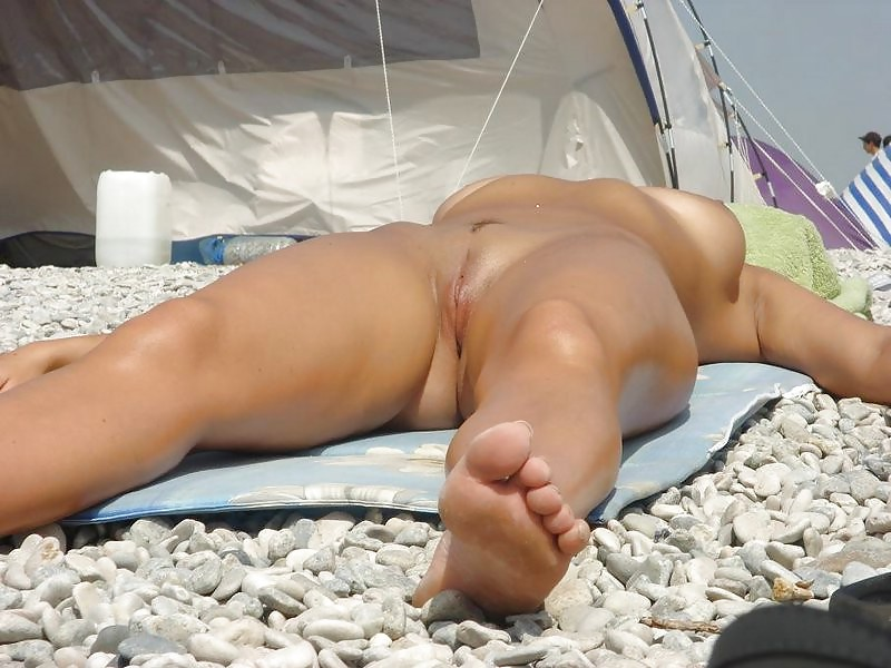 Fucking hot nude sunbathing sex private family