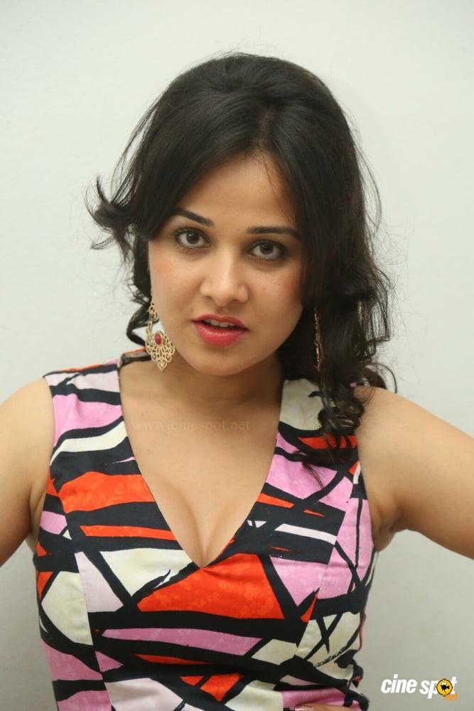 Nisha kothari nude photos-8435
