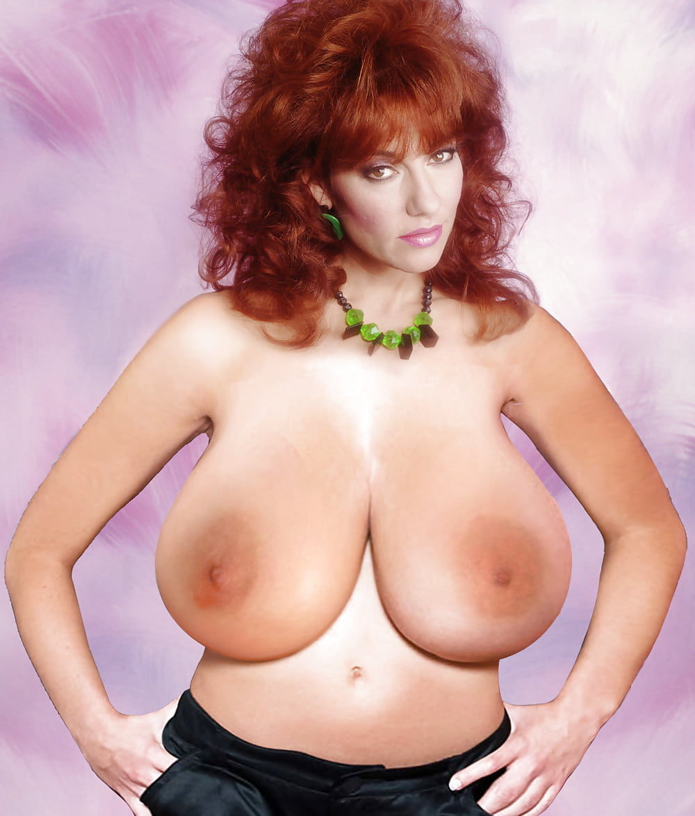 Peggy bundy nude pic, sex mature small boobs