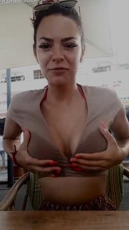 Chameen loca nude