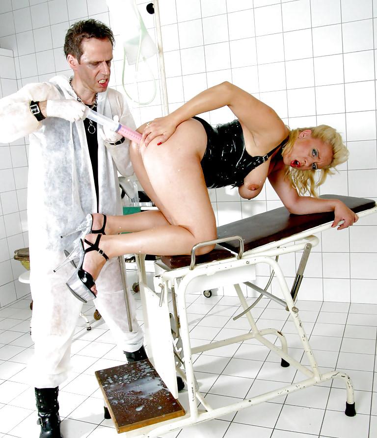 klinika-klizmi-porno