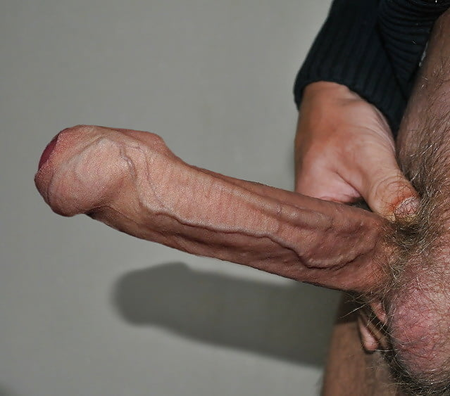 Girls Who Love Uncut Cock