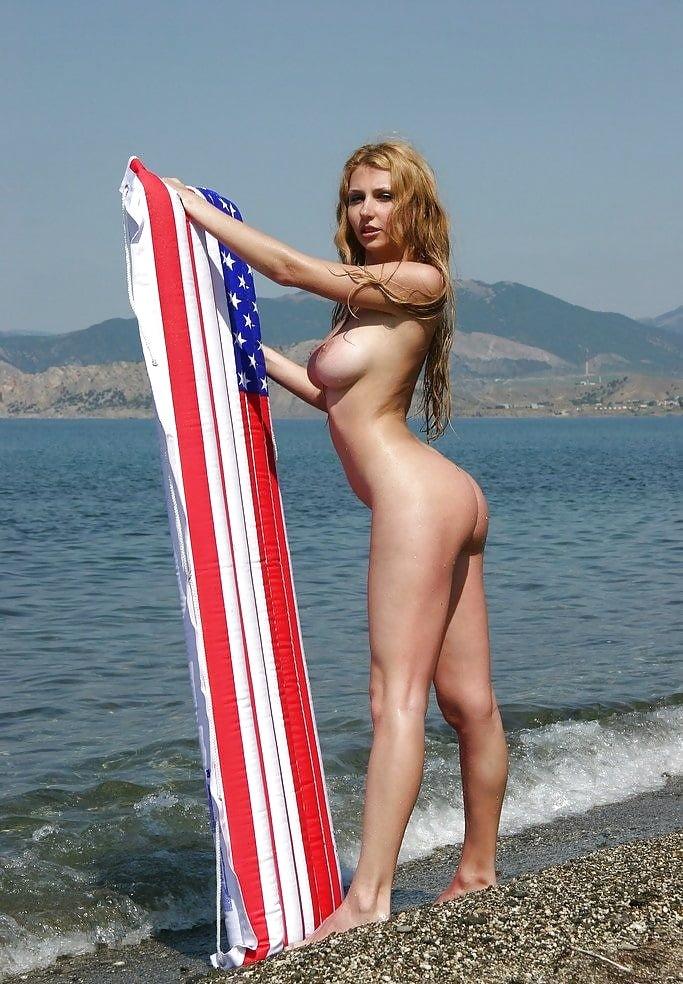 caught-wanking-patriotic-nudes-pics-embarrassing