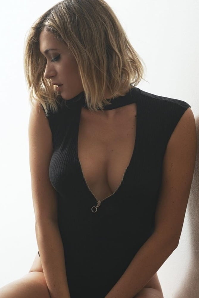 Lysandre Nadeau Nude Leaked Vidoes and Naked Pics! 118
