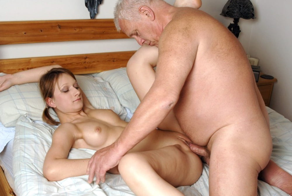 Teen Daughter First Time Sex Fucking Step Daddy Enjoyed His Step Daughter