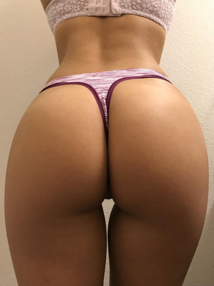 Jenny Booty - 27 Pics