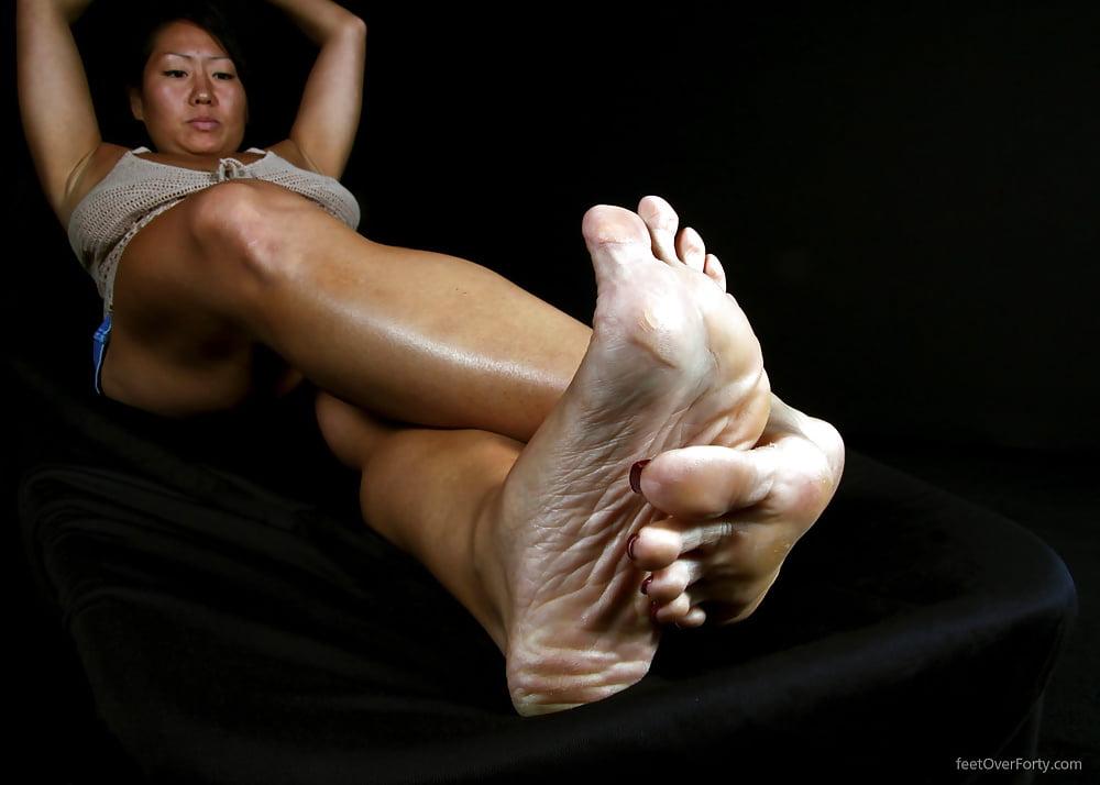 Hot sexy naked feet