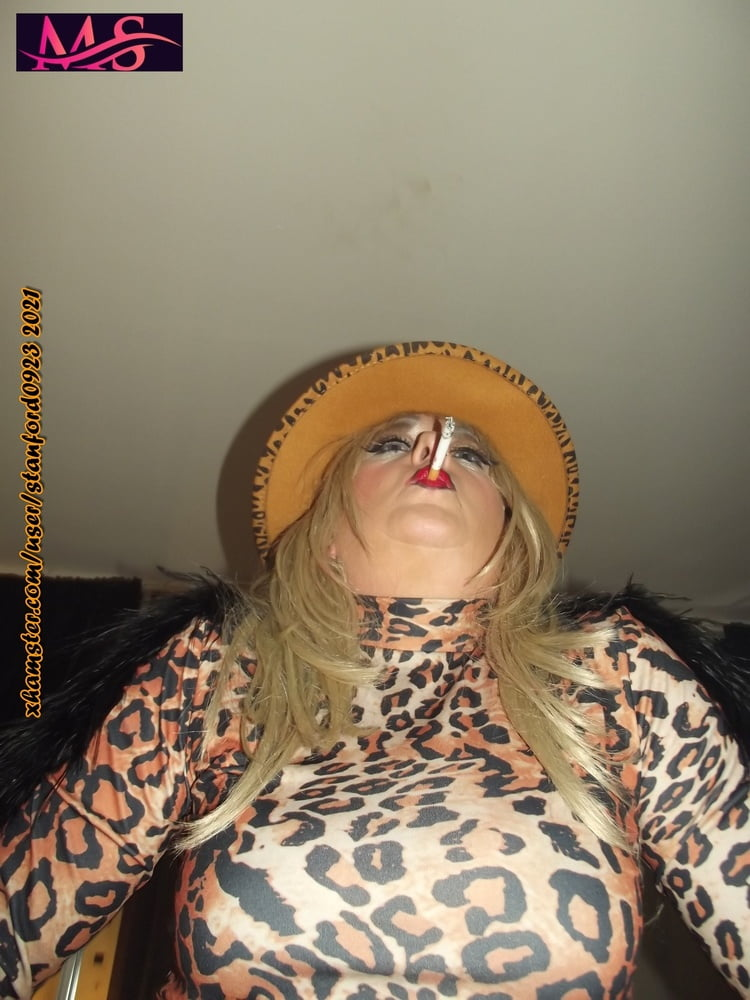 LEOPARED WHORE RETREATS TO THE BEDROOM - 115 Pics