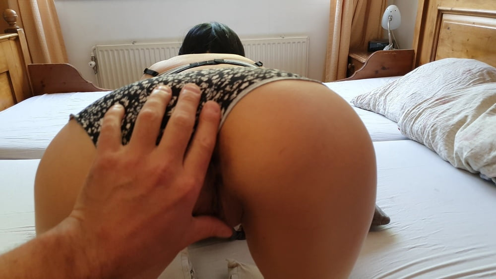 Hot Asian girl helps out her neighbor - 24 Pics