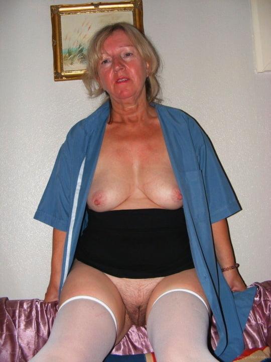 Hot amateur nude women #1