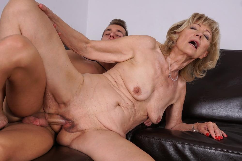 American Milf Kyle Masturbate Porn Pics Sex Images