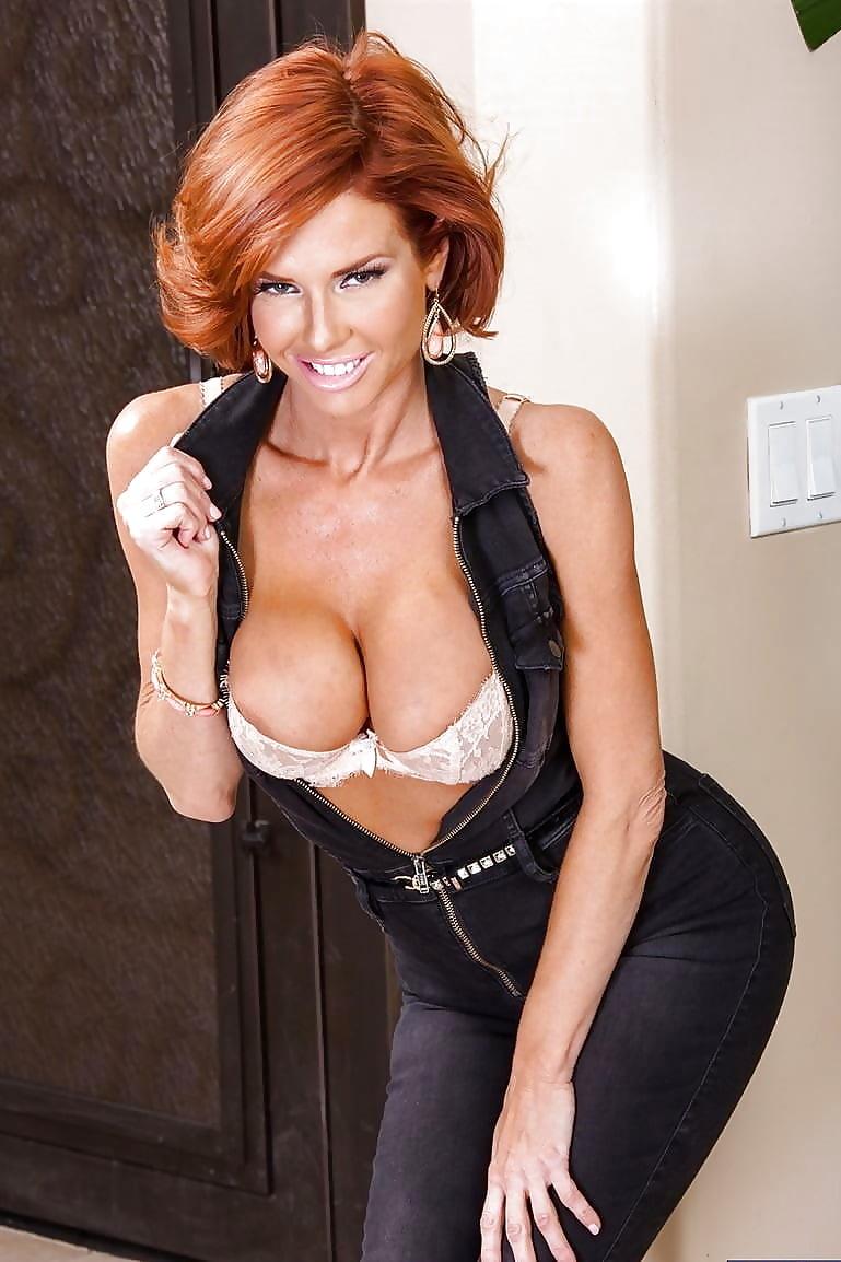 sex-arab-hot-redhead-milf-pornstar-naked