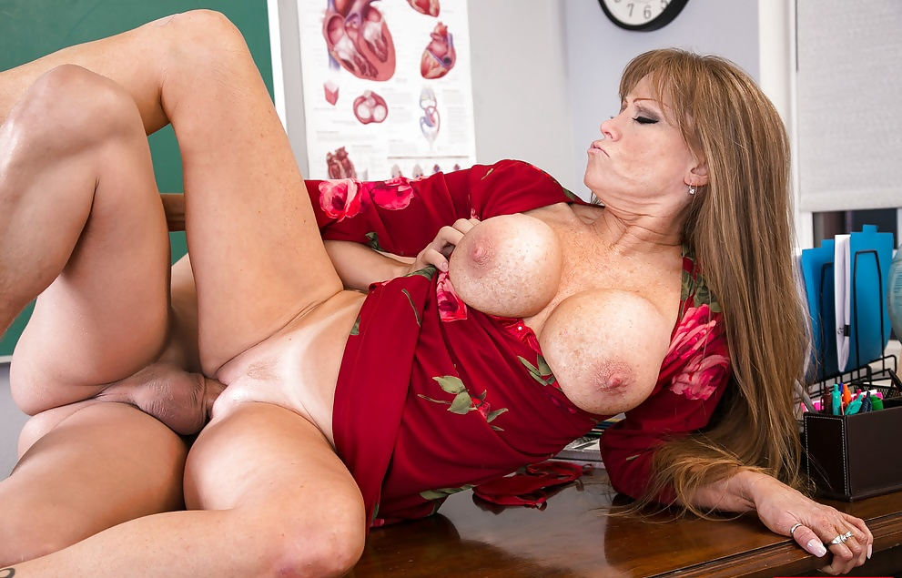 Mom darla crane with hot large breasts taking part in porno action