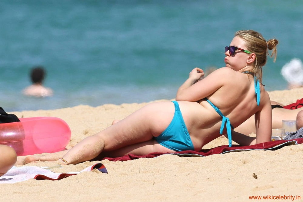 Scarlett johansson bikini photos-5666