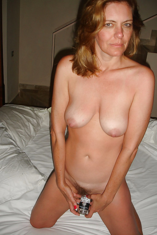 Best mates wife nude