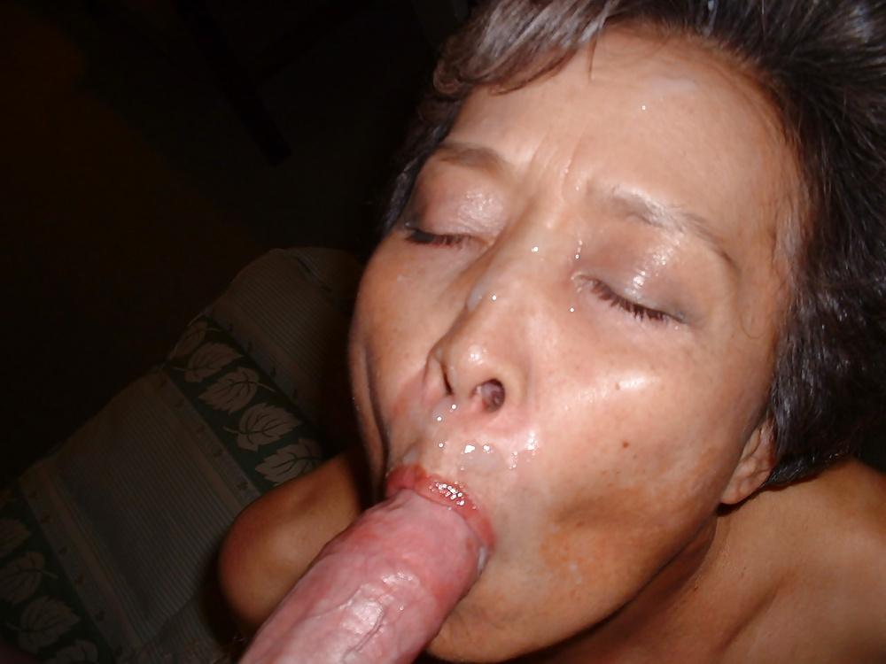 Asian mature pussy cumshots