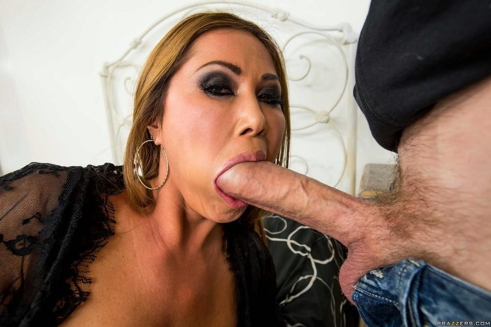 Big Dick Blowjobs 1 - 133 Pics