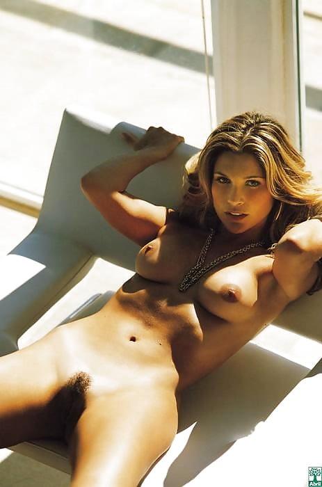 Flavia Alessandra  nackt