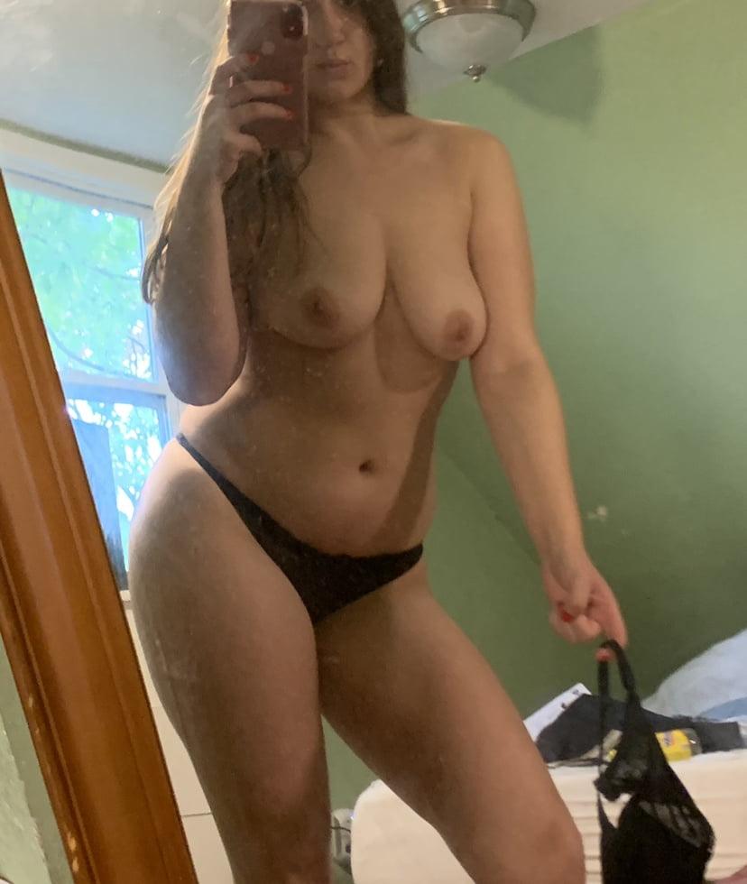 Stripping! - 19 Pics